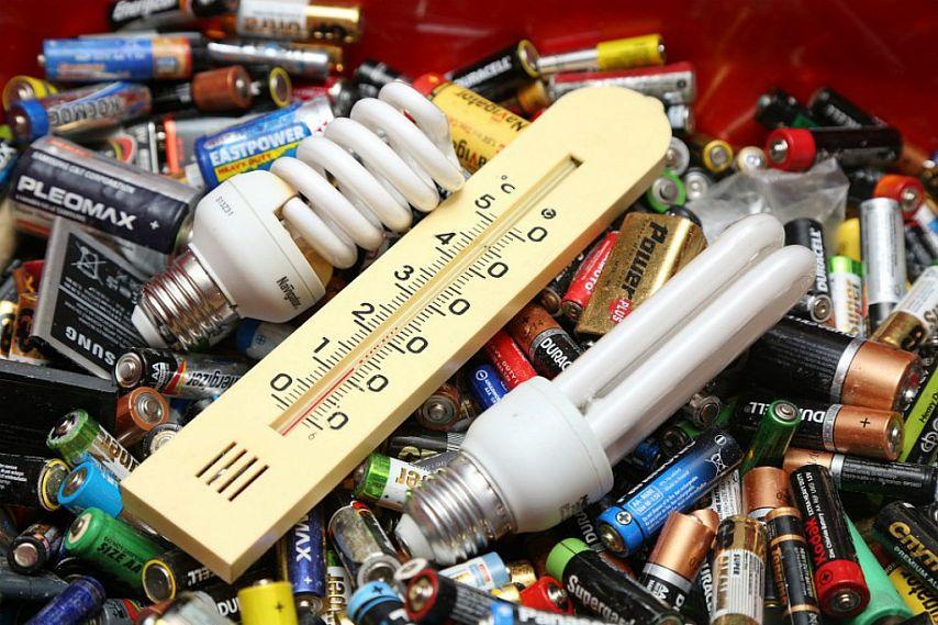 Как правильно избавляться от опасных отходов?
